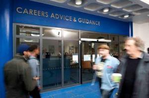 Career-Advice-(2)-400x265